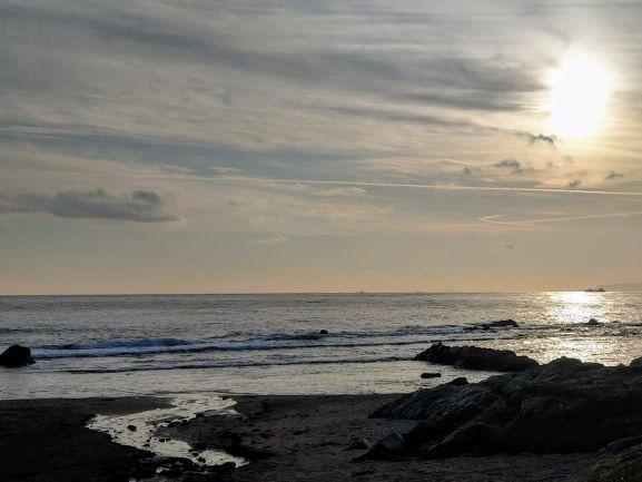 海辺の太陽